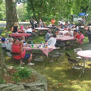 Annual Picnic at Locust Point Marina